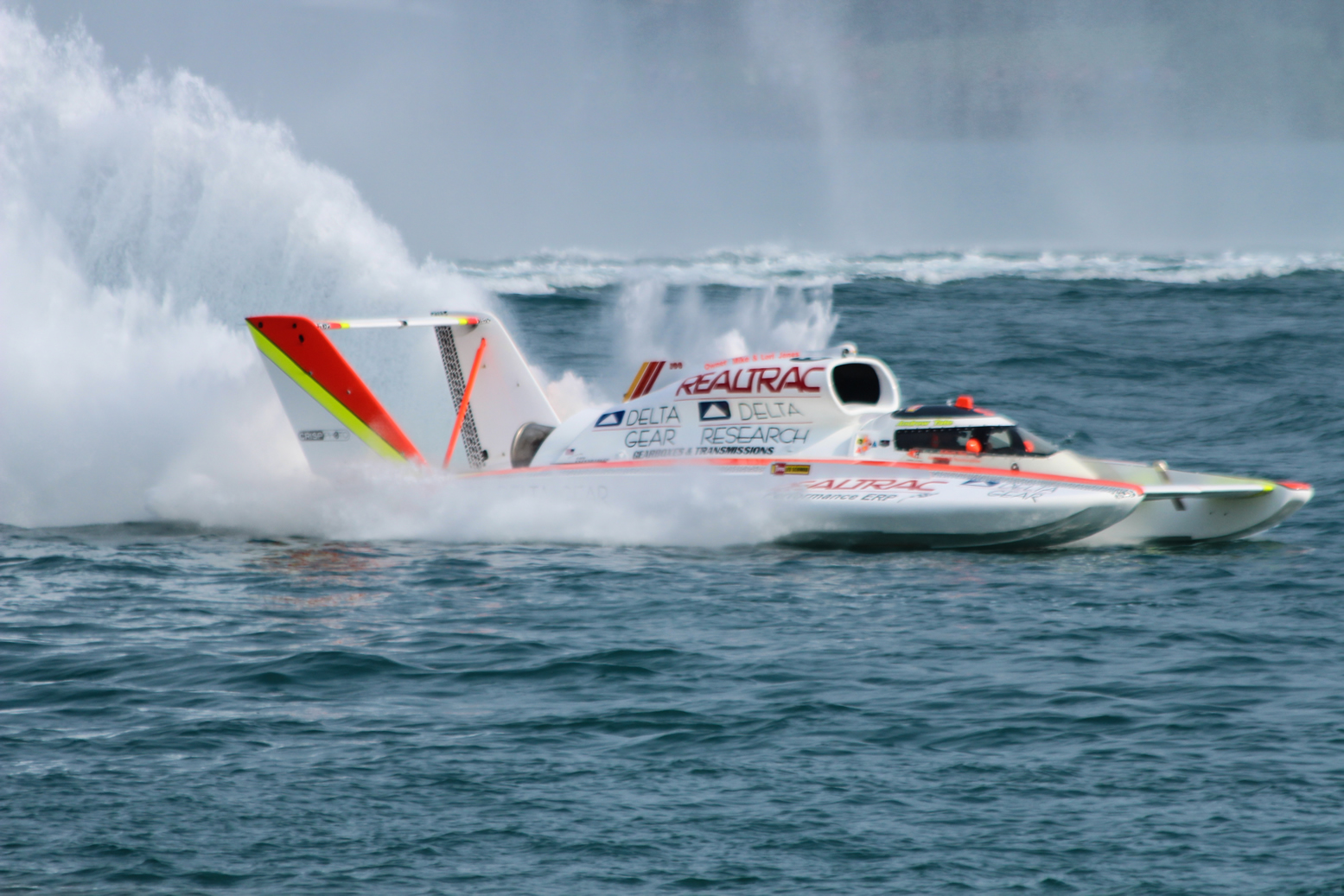 Unlimited Hydroplane Action Photos